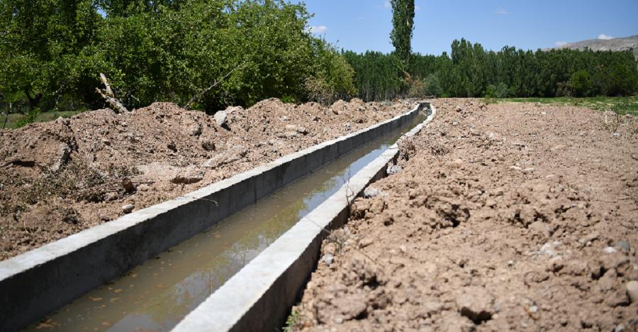 Kuluncak'ta Sulama Kanalı Projesiyle Topraklar Hayat Bulacak